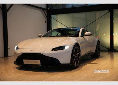 Aston Martin Vantage 4.0 V8 Auto.