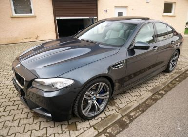 Voiture BMW M5 (F10) DKG, Toit ouvrant, Soft-Close, Surround View, Keyless, Affichage tête haute Occasion