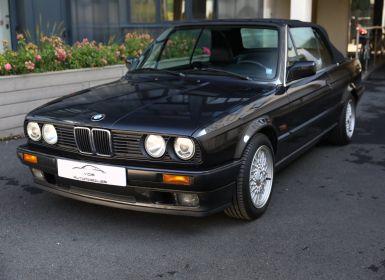 Achat BMW Série 3 BMW 320I CABRIOLET E30 WORLDINE / 117000 KMS / BVM / VOLANT M Occasion