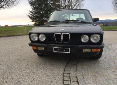 Voiture BMW Série 5 Modèle E28 - 1ere main Occasion