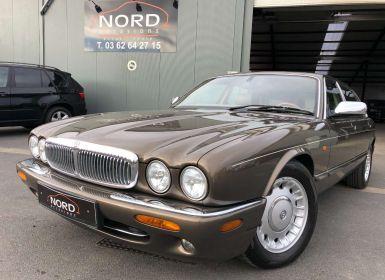 Vente Jaguar Daimler 4.0i V8 long Occasion