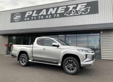 Mitsubishi L200 Club Cab 2.2 L DID 150 CV intense Neuf