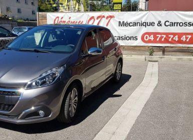 Peugeot 208 Puretech 82 Signature