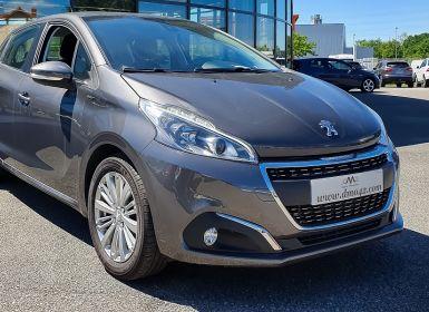 Voiture Peugeot 208 PURETECH 82CH SIGNATURE S&S Occasion