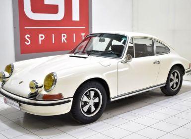Porsche 911 2.2 E Coupé