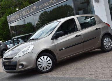 Renault Clio 1.2i 16v Expression