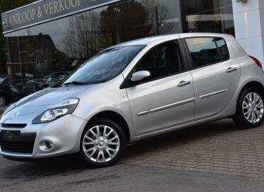 Renault Clio 1.6i Exception