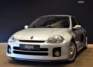 Renault Clio 3.0i V6 24v   Fase 1   nr 1308   1 eigenaar   Occasion
