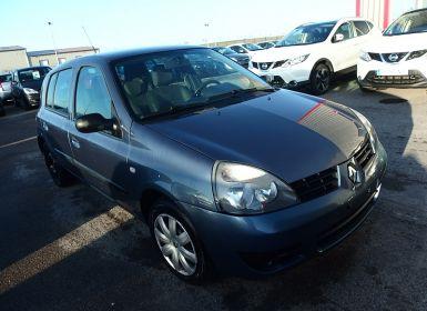 Voiture Renault CLIO II CAMPUS 1.2 16V 75CH AUTHENTIQUE 5P Occasion