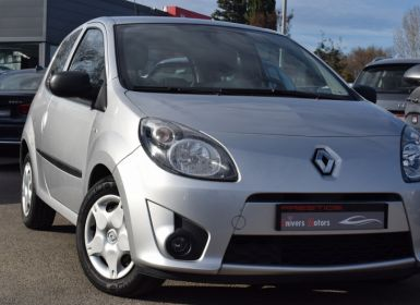 Achat Renault Twingo II 1.2 16V 75CH TREND Occasion