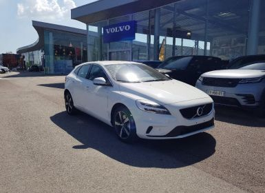 Achat Volvo V40 T2 122ch R-Design Geartronic Occasion