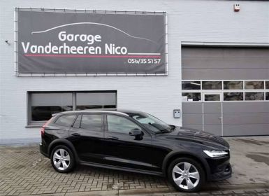 Volvo V60 Cross Country 2.0D4 AWD Pro Geartronic XENON,NAVI,ADAPT.CRUISE Occasion