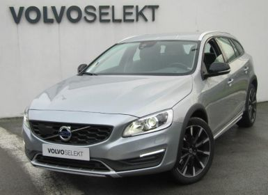 Voiture Volvo V60 Cross Country D4 AWD 190ch Summum Geartronic Occasion