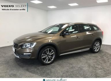 Acheter Volvo V60 Cross Country D4 AWD 190ch Xenium Geartronic Occasion
