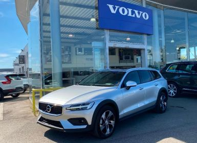 Achat Volvo V60 D4 190ch AWD Cross Country Pro Geartronic Neuf