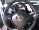 Toyota AYGO 1.0 VVT-i 69ch x-play 5p Blanc Pur Occasion - 11