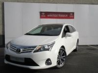 Toyota AVENSIS 124 D-4D SkyView Limited Edition Occasion