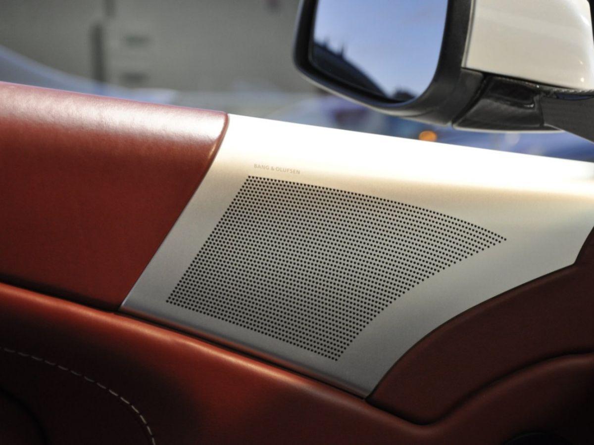 Aston Martin DBS V12 Touchtronic 2+0 Blanc - 26