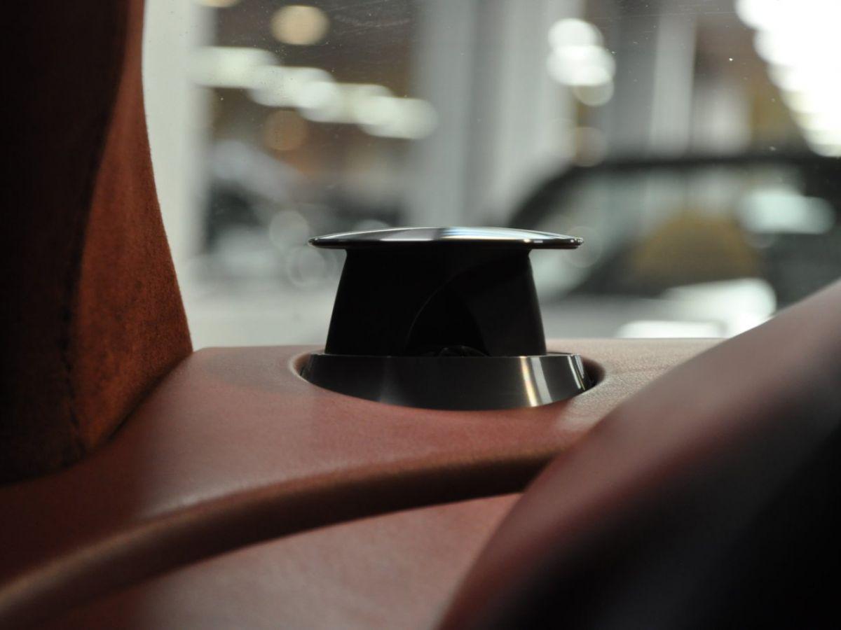 Aston Martin DBS V12 Touchtronic 2+0 Blanc - 27