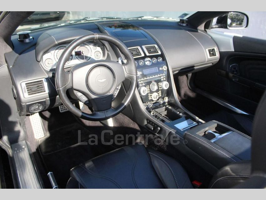Aston Martin DBS Volante 5.9 V12 517 TOUCHTRONIC Noir - 5