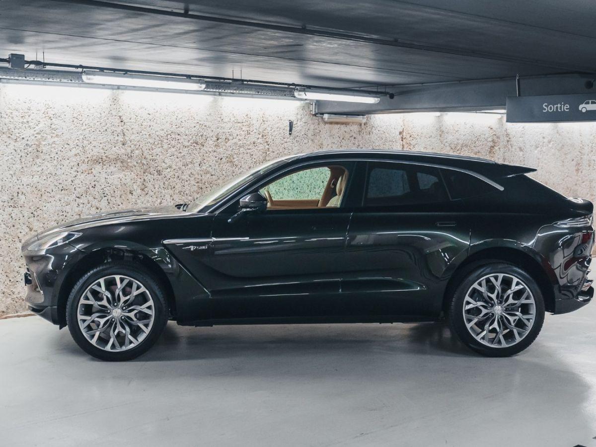 Aston Martin DBX Vert Foncé - 2