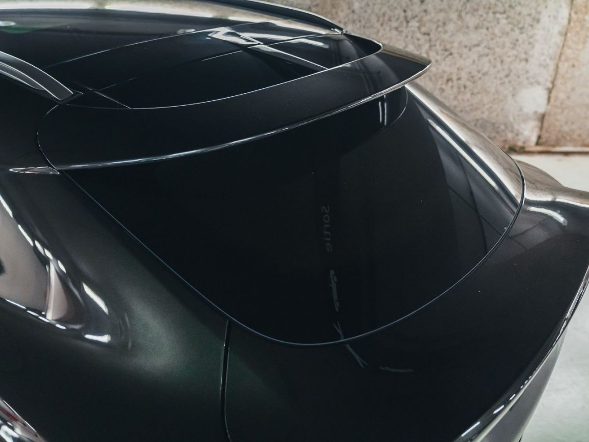 Aston Martin DBX Vert Foncé - 12