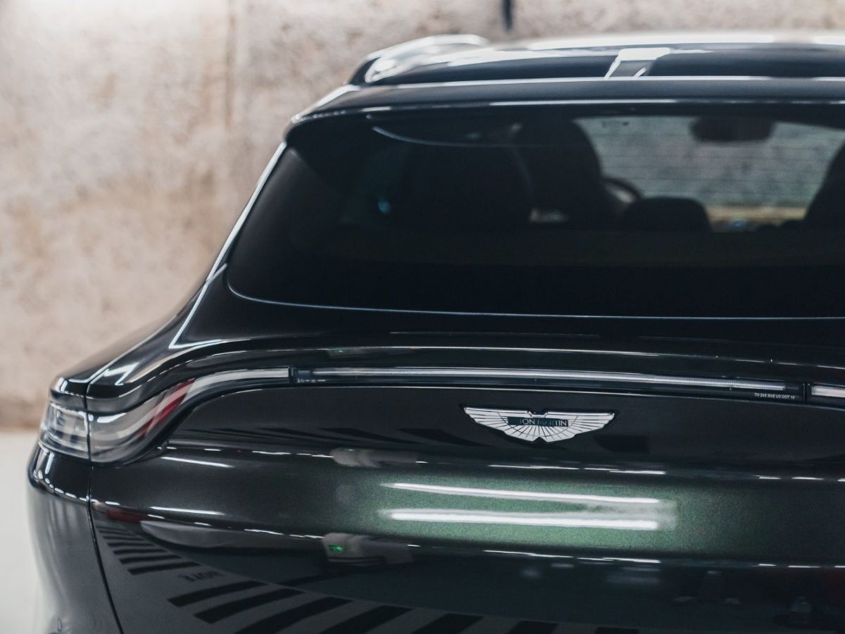 Aston Martin DBX Vert Foncé - 21