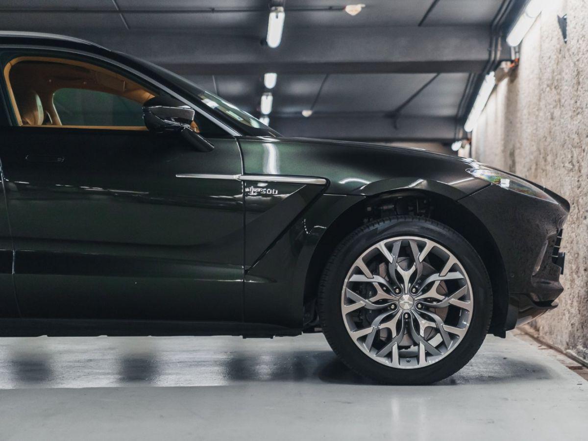 Aston Martin DBX Vert Foncé - 22