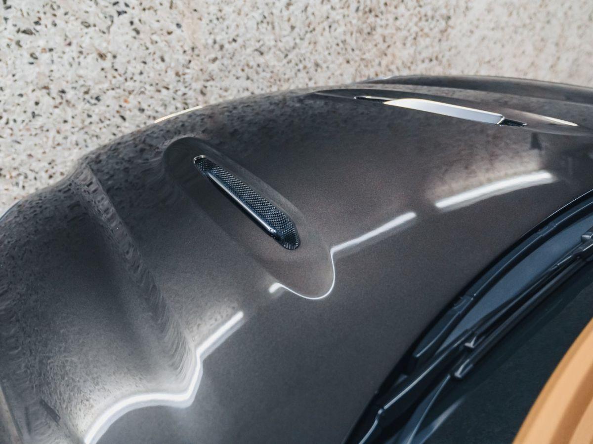 Aston Martin DBX Vert Foncé - 23