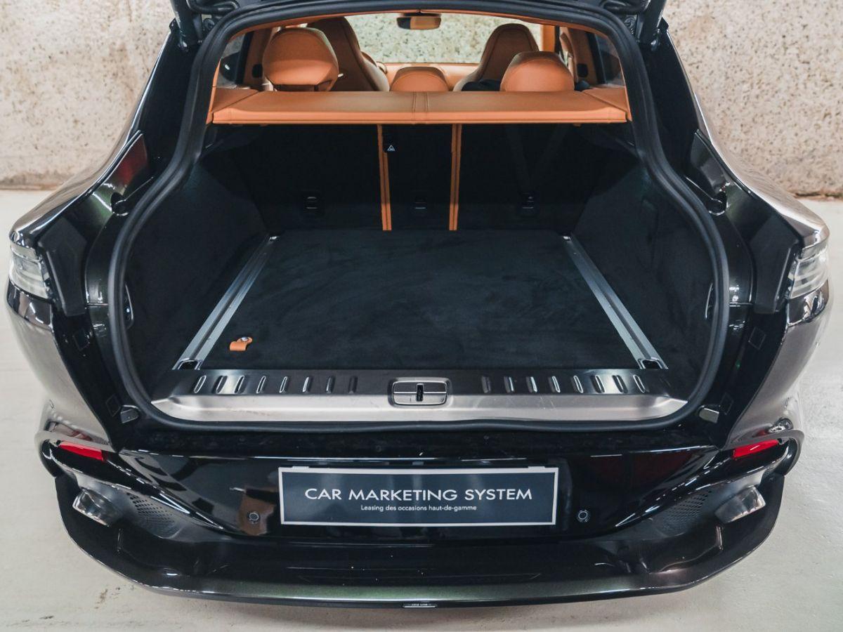 Aston Martin DBX Vert Foncé - 26