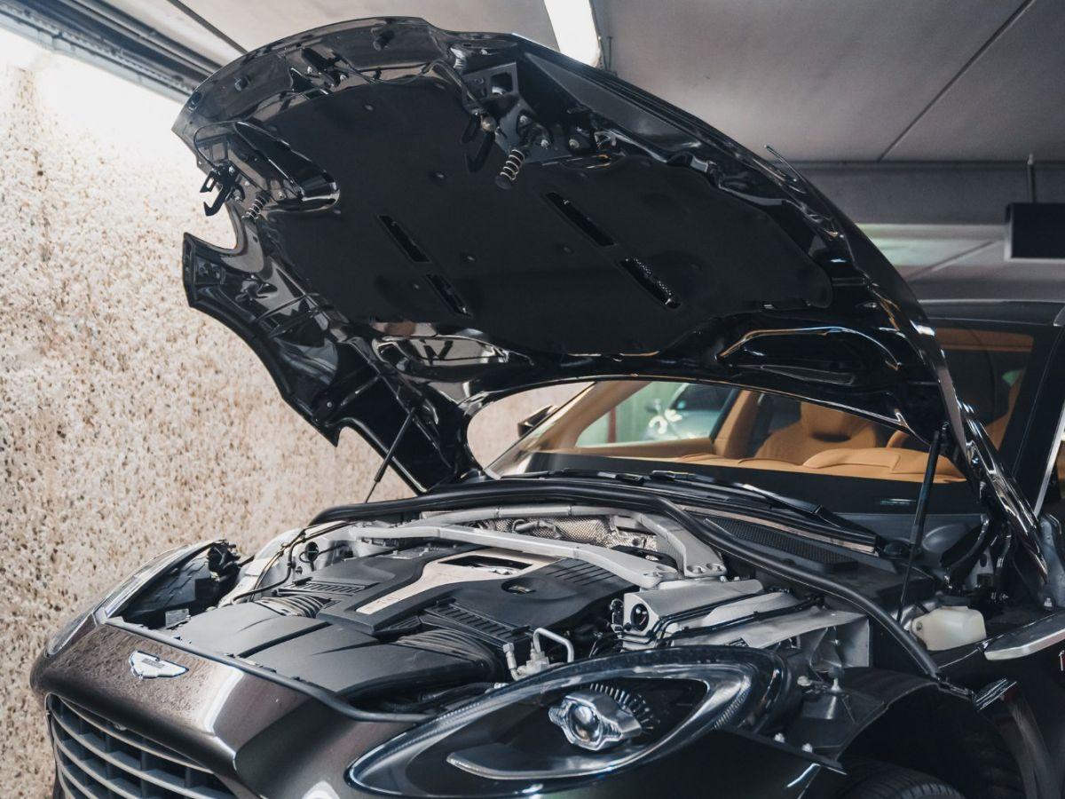 Aston Martin DBX Vert Foncé - 28