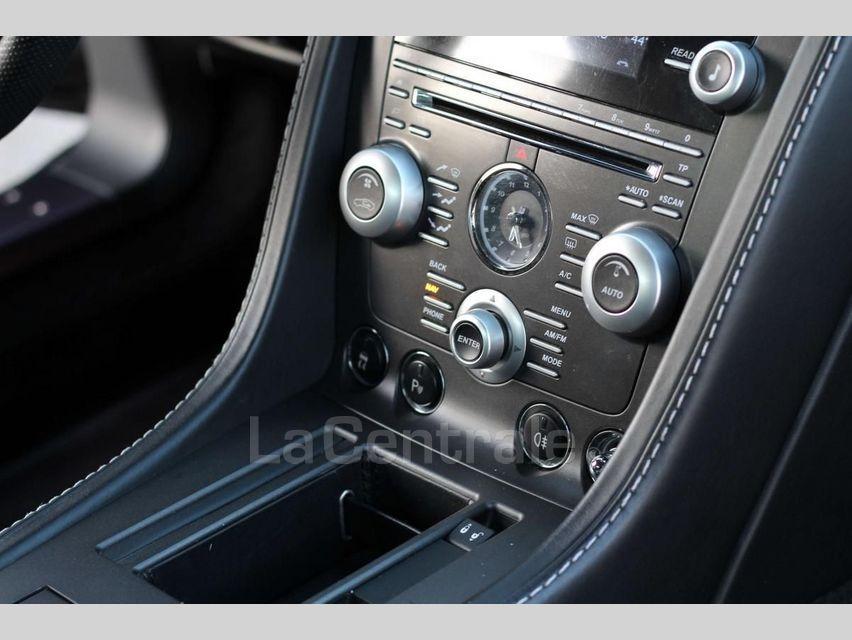 Aston Martin V8 Vantage 4.7 420CH BVS Noir - 8
