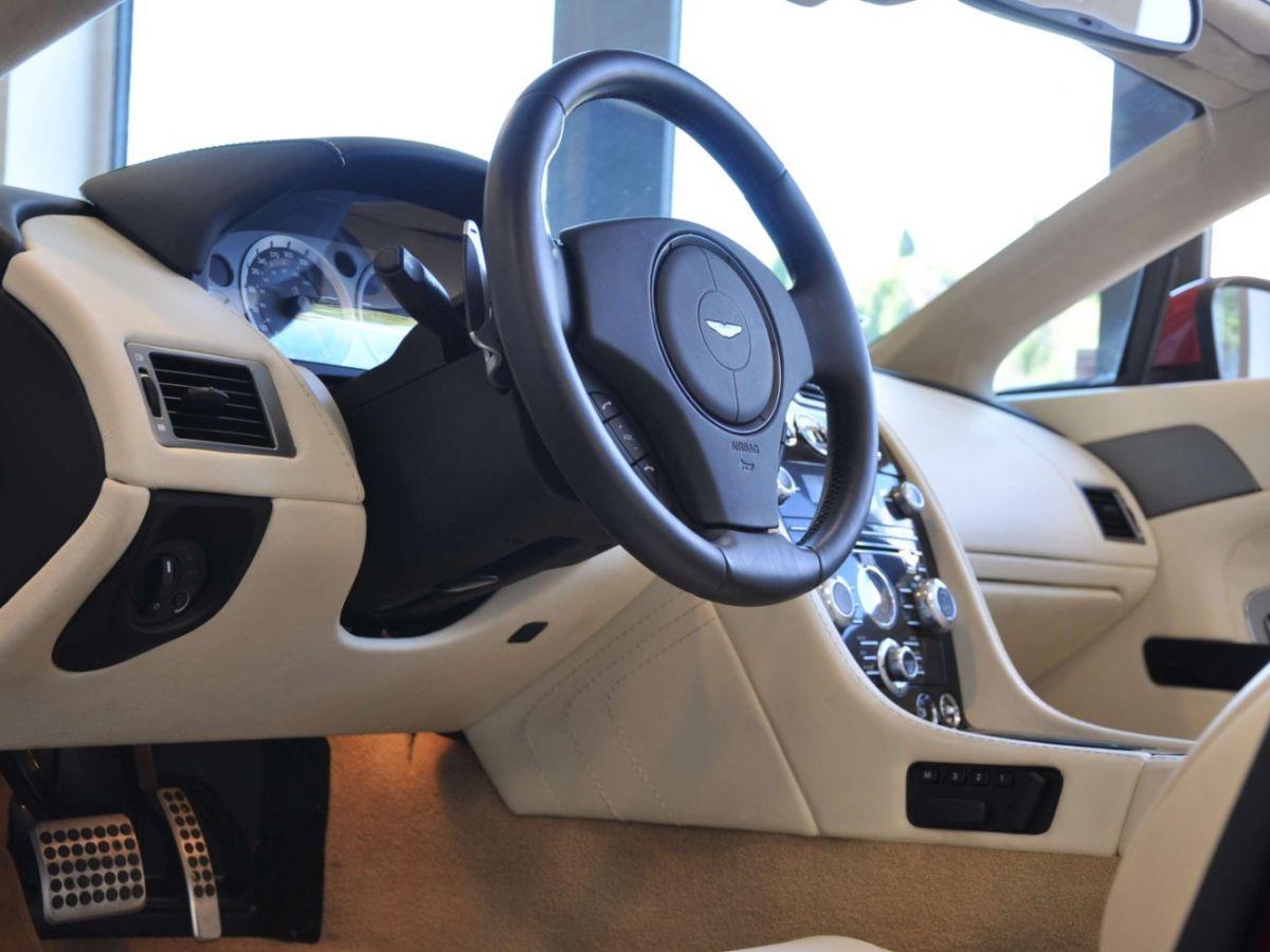 Aston Martin V8 Vantage S Roadster V8 Sportshift Rouge Bordeaux - 13