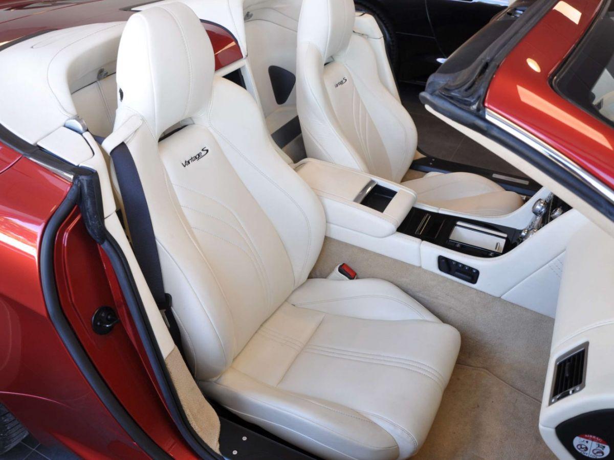 Aston Martin V8 Vantage S Roadster V8 Sportshift Rouge Bordeaux - 16