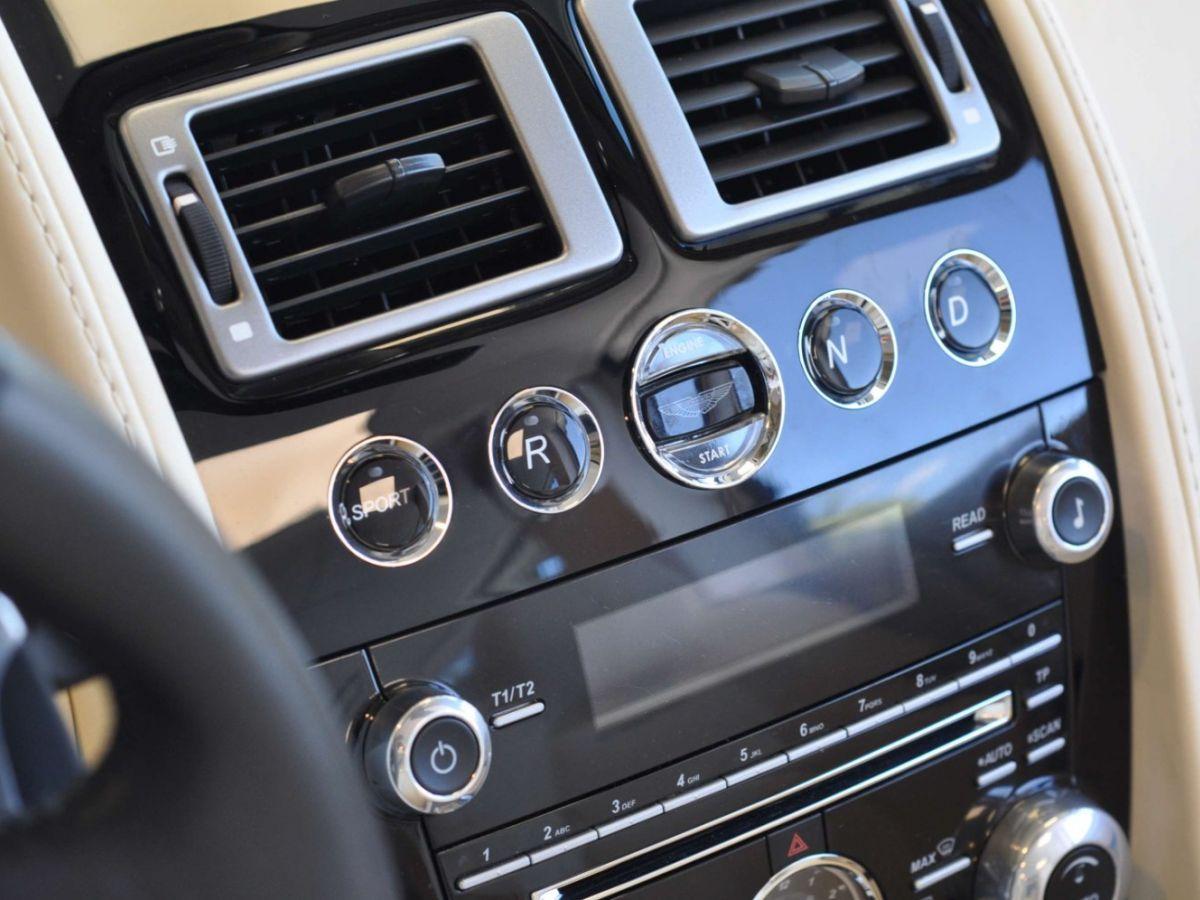 Aston Martin V8 Vantage S Roadster V8 Sportshift Rouge Bordeaux - 28