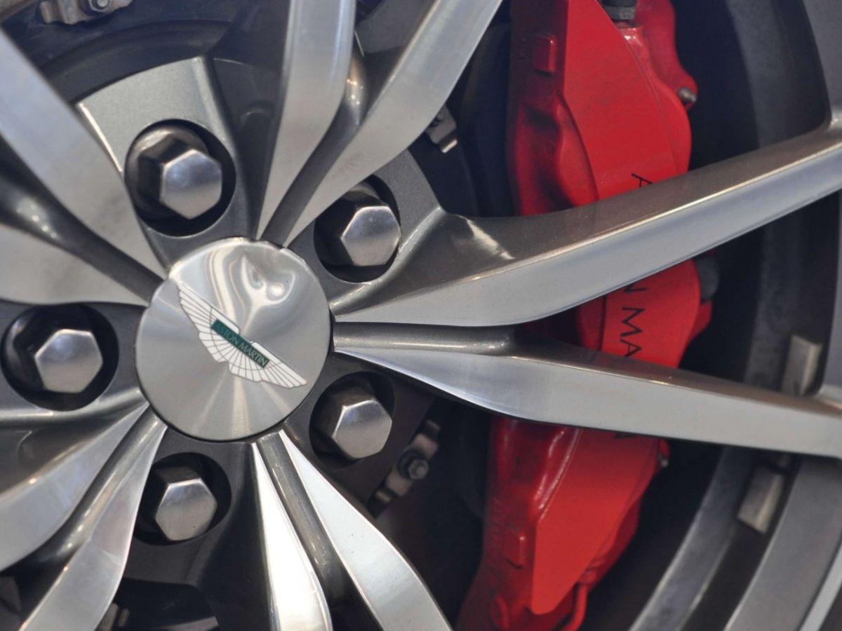Aston Martin V8 Vantage S Roadster V8 Sportshift Rouge Bordeaux - 32