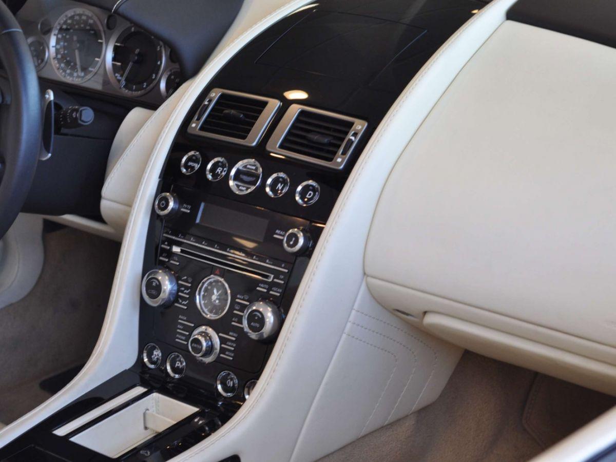 Aston Martin V8 Vantage S Roadster V8 Sportshift Rouge Bordeaux - 34