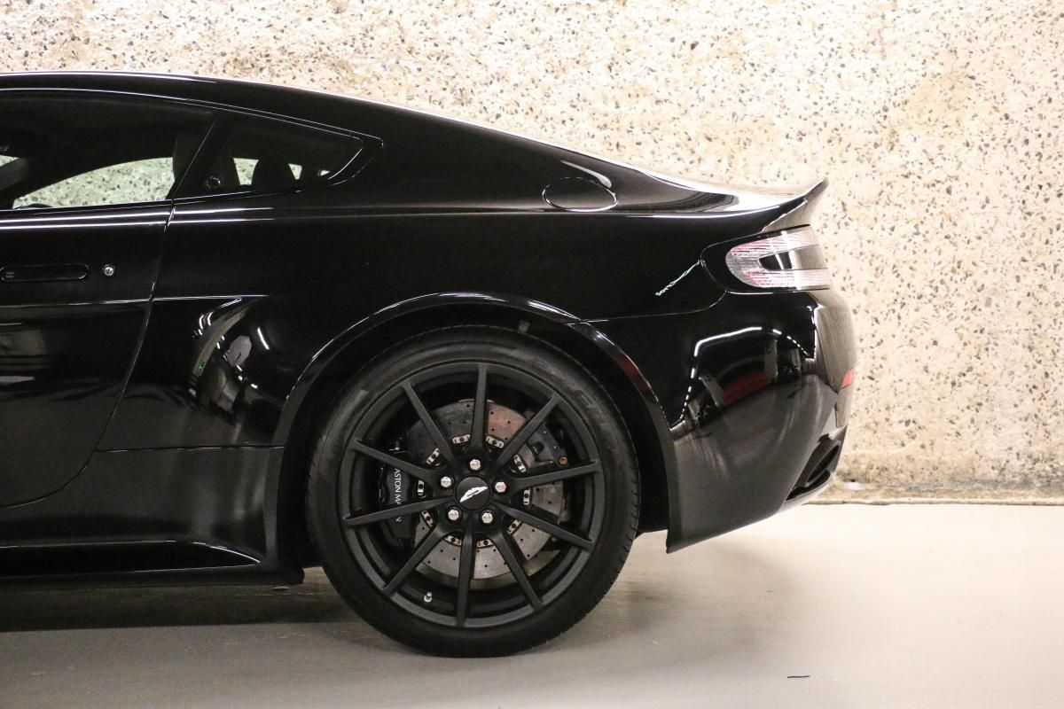 Aston Martin VANTAGE S Coupe V12 Sportshift III Noir Métallisé - 11