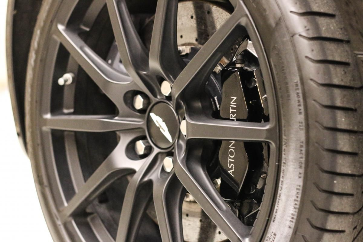 Aston Martin VANTAGE S Coupe V12 Sportshift III Noir Métallisé - 13
