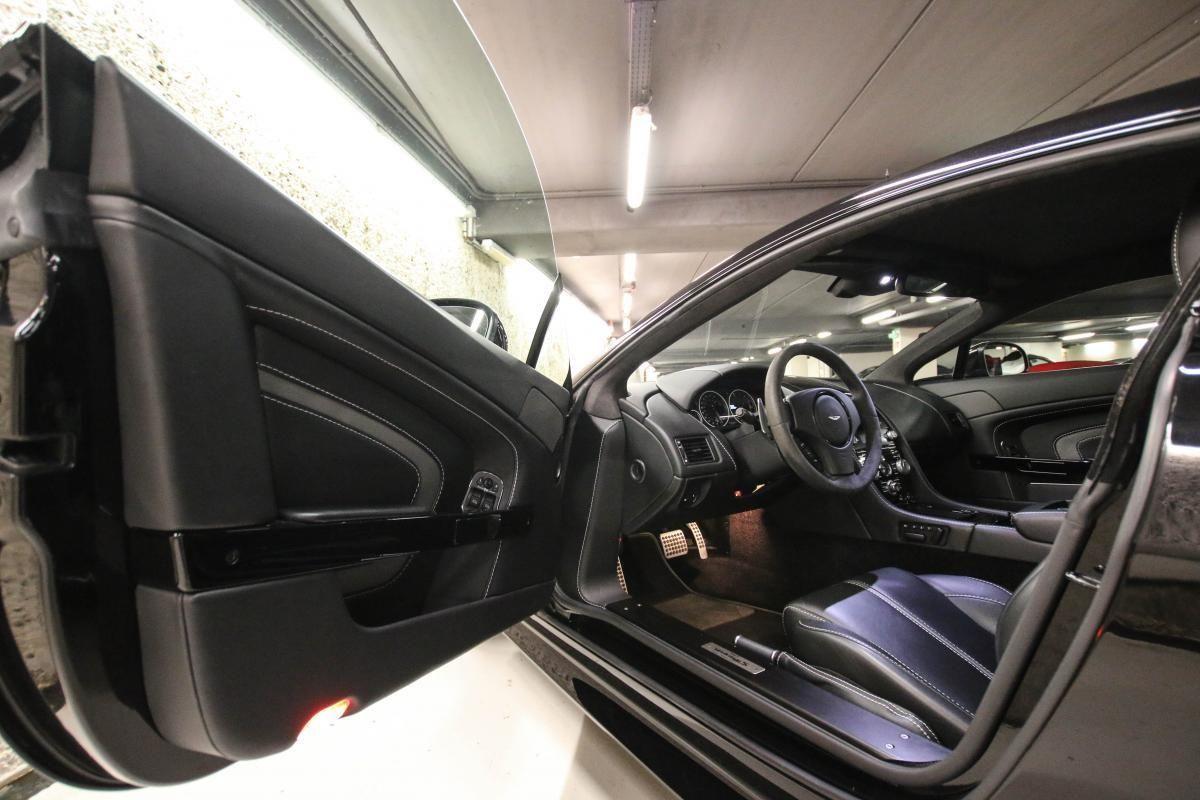 Aston Martin VANTAGE S Coupe V12 Sportshift III Noir Métallisé - 23