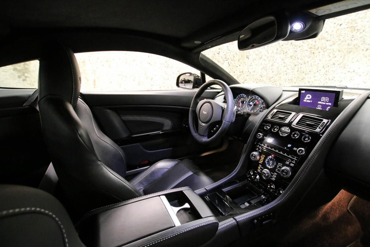 Aston Martin VANTAGE S Coupe V12 Sportshift III Noir Métallisé - 42