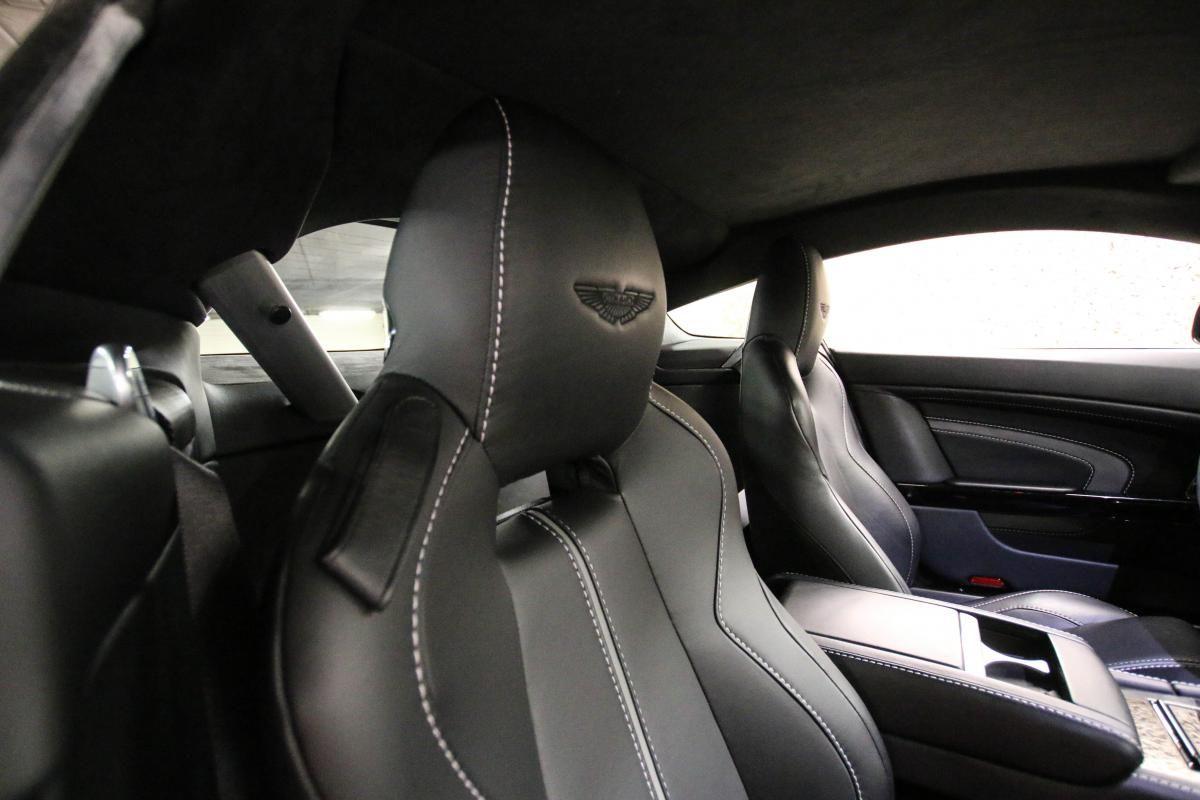 Aston Martin VANTAGE S Coupe V12 Sportshift III Noir Métallisé - 43