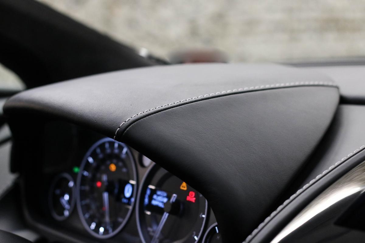 Aston Martin VANTAGE S Coupe V12 Sportshift III Noir Métallisé - 47