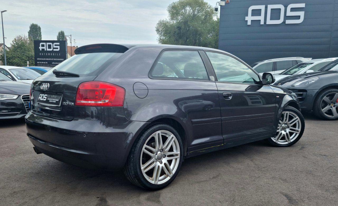 Audi A3 II 2.0 TDI 140ch DPF S line Plus S tronic 6 3p ANTHRACITE - 12