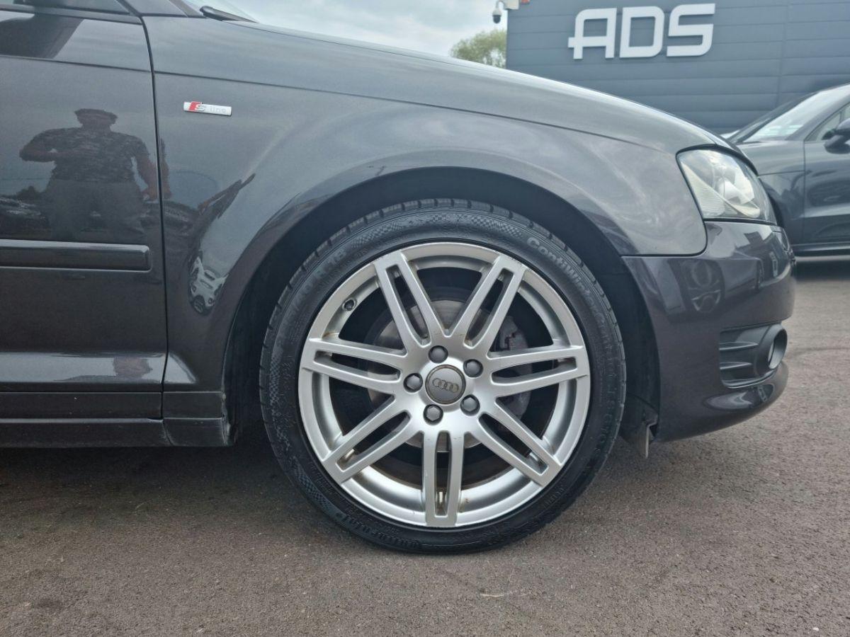 Audi A3 II 2.0 TDI 140ch DPF S line Plus S tronic 6 3p ANTHRACITE - 20