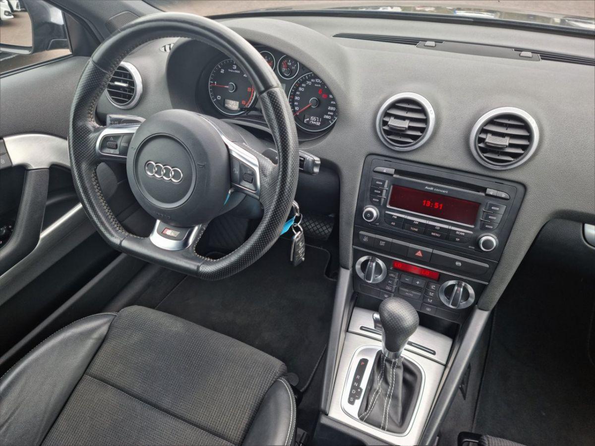 Audi A3 II 2.0 TDI 140ch DPF S line Plus S tronic 6 3p ANTHRACITE - 23