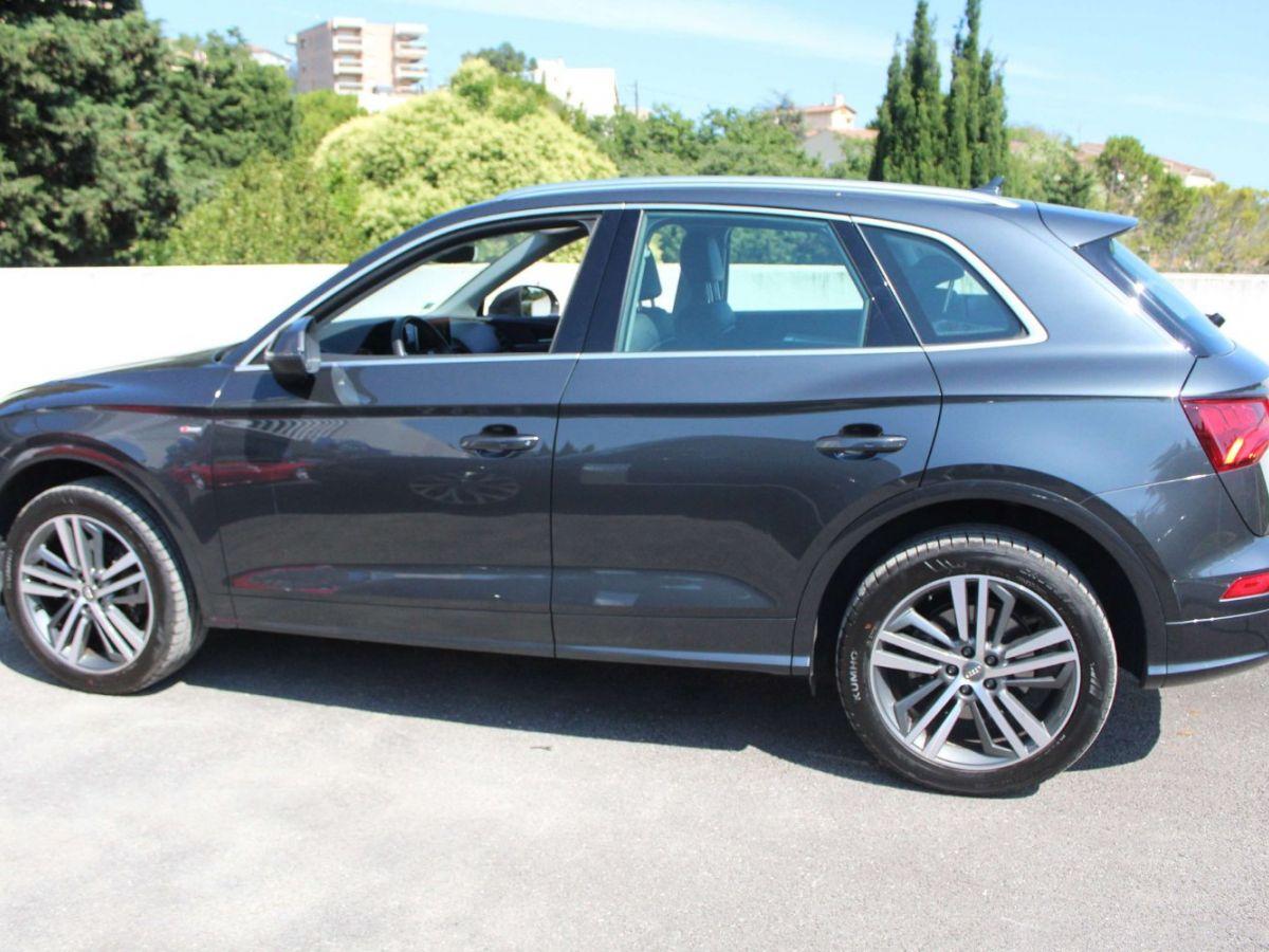Audi Q5 2.0 TDI 163 S tronic 7 Quattro Gris Foncé - 4