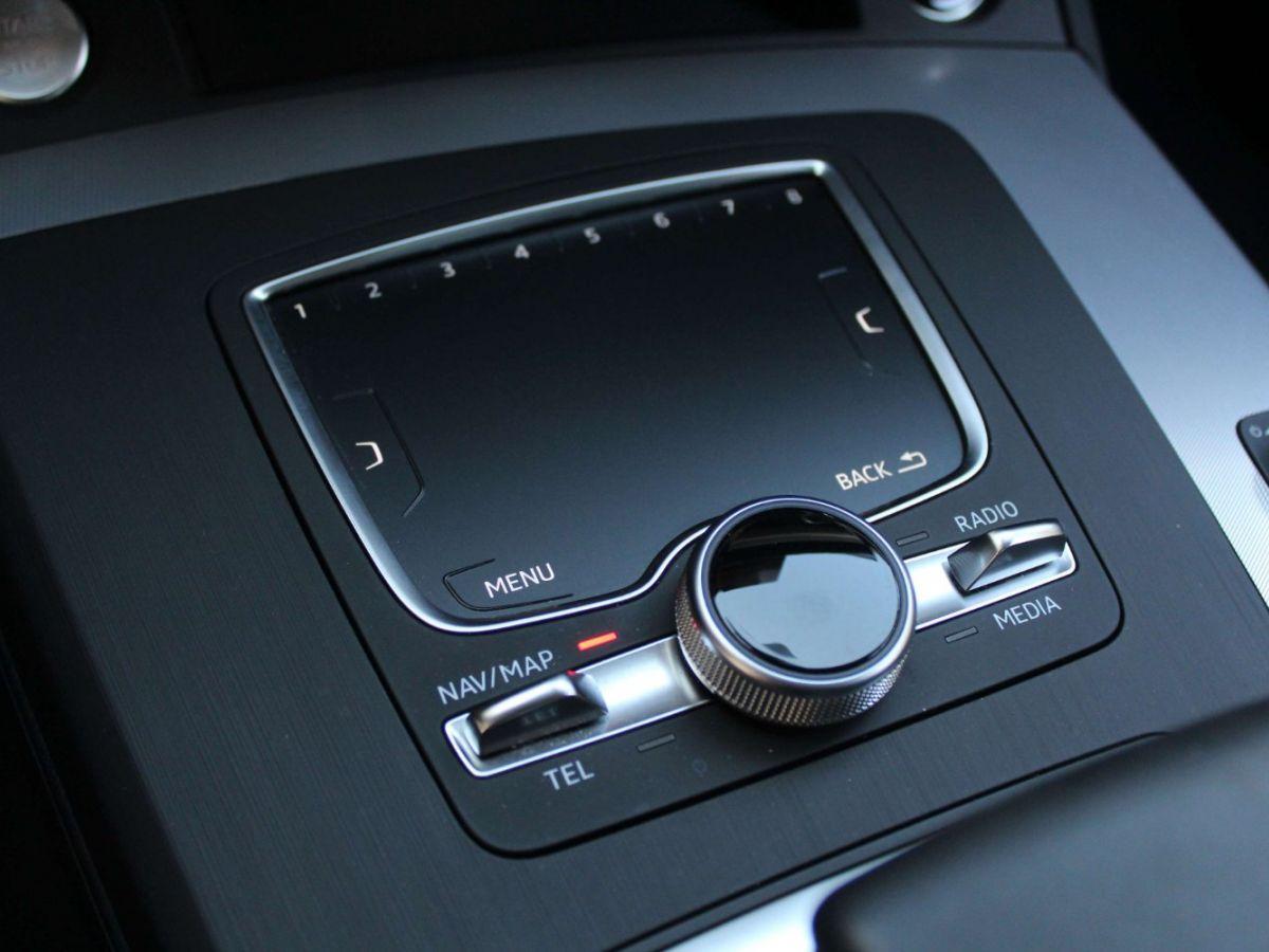 Audi Q5 2.0 TDI 163 S tronic 7 Quattro Gris Foncé - 24