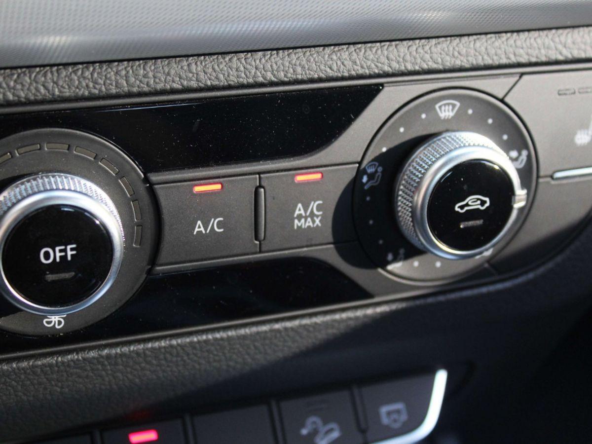 Audi Q5 2.0 TDI 163 S tronic 7 Quattro Gris Foncé - 27