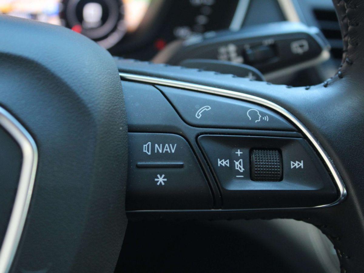 Audi Q5 2.0 TDI 163 S tronic 7 Quattro Gris Foncé - 29